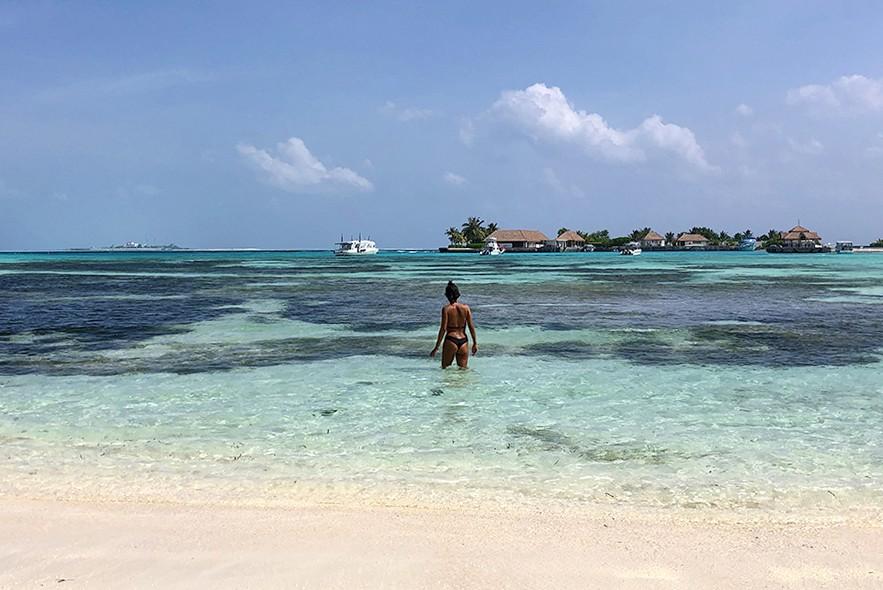 bikini beach guraidhoo